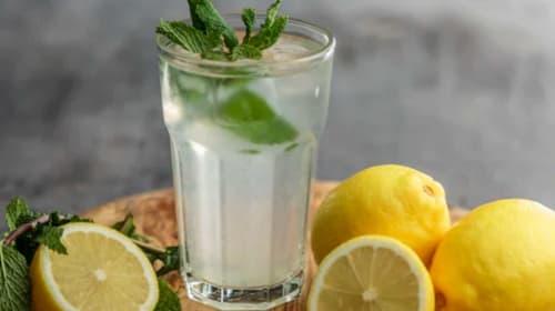 Lemon Water... A Hot Topic