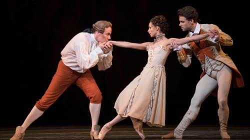 'Manon' at the Royal Opera House Review - Marianela Nunez Is a Success