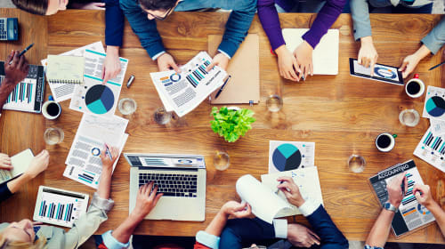 Learn How to Prepare for Web Designing Meetings with Clients