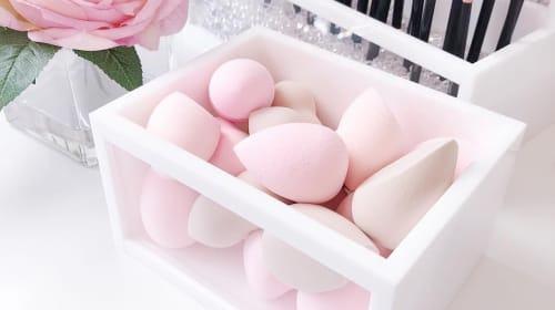 How to Properly Store Makeup Sponges