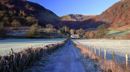 5 Amazing Walks in the UK to Do in 2020