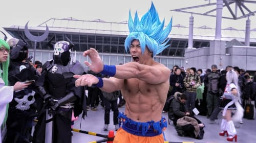 Everything Need to Know before Cosplay Goku.