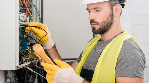 What Is The Best Way To Choose An Electrician For Your Home?