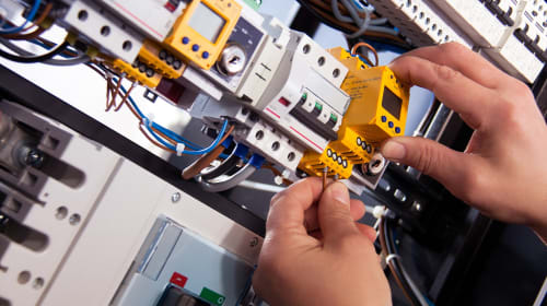 Common Electrical Complaints and What to Do About Them?