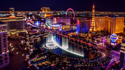 Why Every UK Couple Should Consider Las Vegas As a Wedding Option