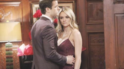'Y&R' spoilers: Kyle makes the first move with Summer during their road trip