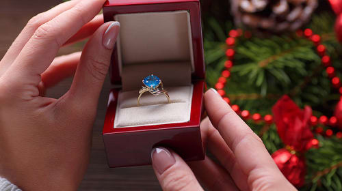 Three Things A Ring Can  Symbolize Without Meaning Marriage