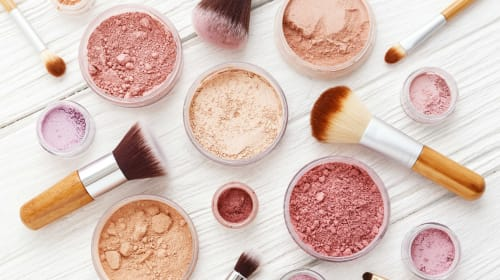 The Ultimate Women's Bag Guide: Latest Zero Waste Makeup Trends