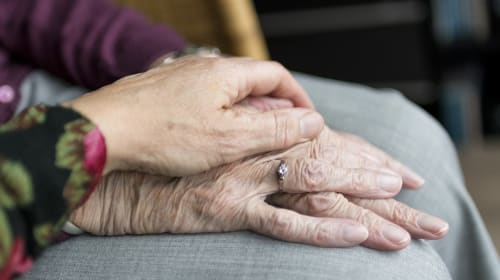 Assisted Living vs. In-Home Care for Seniors