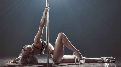6 things no one tells you about being a stripper