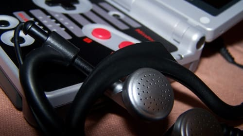 Video Game Audio Software, Hardware and an Exploration into its Effect on the Player