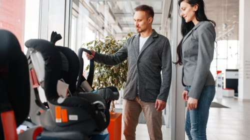 How to Choose a Baby Car Seat | 4 Tips Every Parent Needs