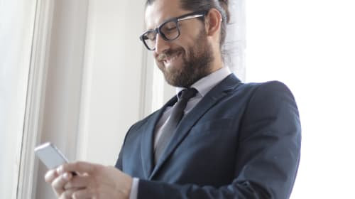 Why You Should Give Your Employees Company Cell Phones