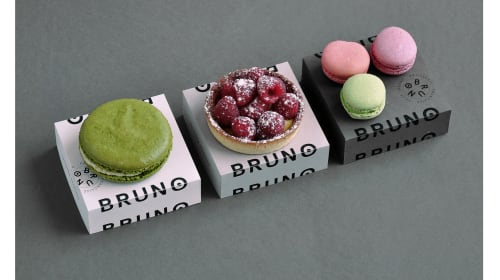 Get Premium Looking Custom Boxes For Your Macarons: