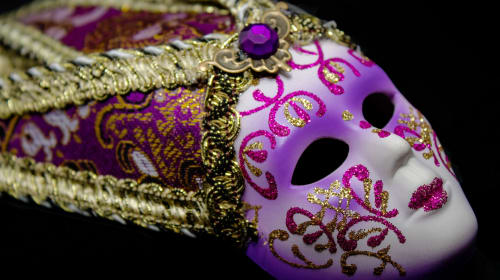 10 famous Japanese theatre masks you should know about