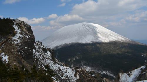 Mt Kurofuyama and the First Camp of the Year