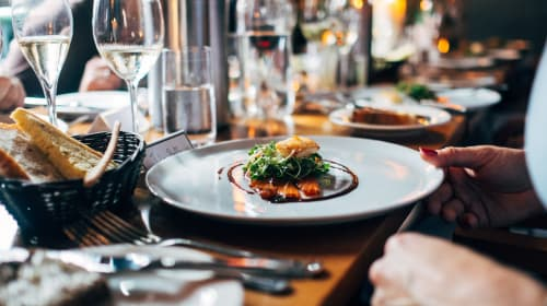 7 Essential Tips to Run a Restaurant Successfully