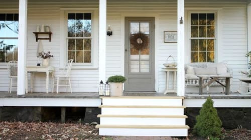 Top 10 Farmhouse Porches!