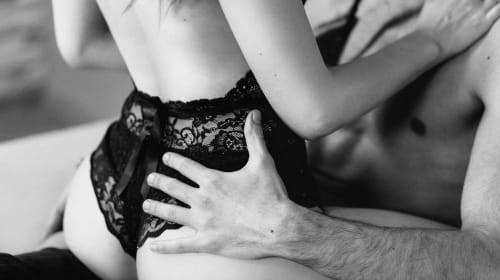 A Gal's Guide to Commanding Pleasure During Sex