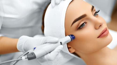 What does a Medical Cosmetic Clinic Do?