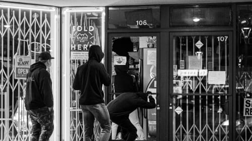 What You Need to Know About the Legal Implications of the Recent Looting In Scottsdale Fashion Square in Arizona