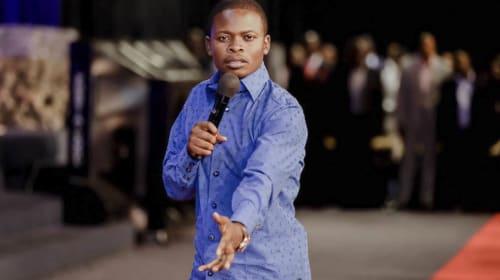 Prophet Bushiri Caught Faking Miracle (WATCH)