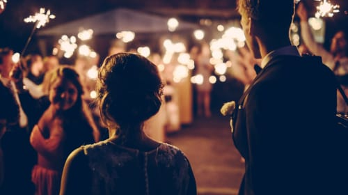 6 Ways To Involve Your Parents In Wedding Planning
