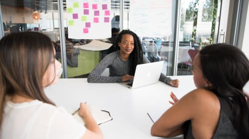 10 Best Women's Networks Help You Achieve Your Goals