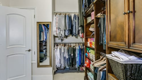 To-Do List: Things to Consider Before Planning Your Walk in Wardrobe