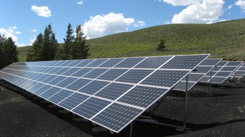 The Advantages and Disadvantages of Commercial Solar Panels