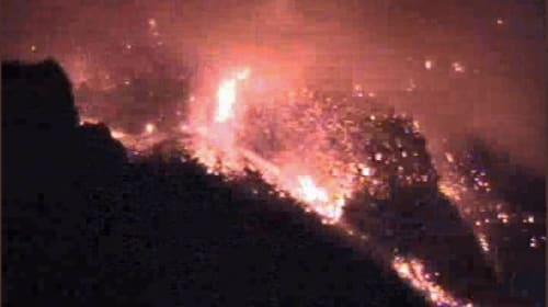 Italy: sudden large explosion of Stromboli, the volcano that never sleeps