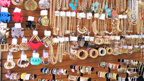 10 Quality Affordable Suppliers for Buying Wholesale Jewelry Online for Resale Business