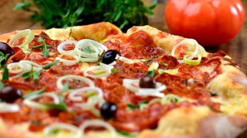 How to make pizza healthy