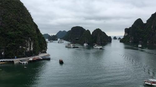 Ha Long Bay: small paradise