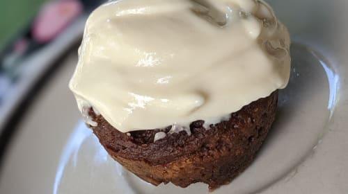 Chocolate Mini Muffins With Vanilla Cream Cheese Frosting