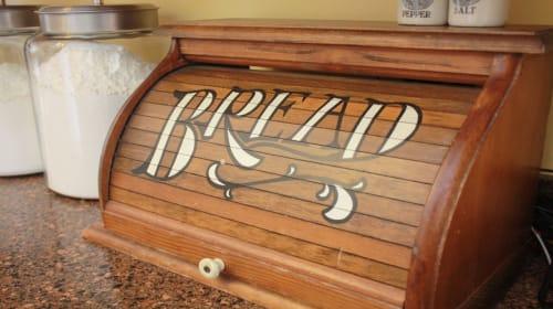 Bread Box For Keeping Bread Fresh