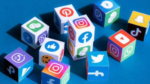 How to Go Viral on Social Media with These 8 Simple but Effective Tips