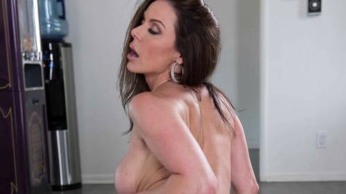 Kendra Lust in 'Need a Hand?'