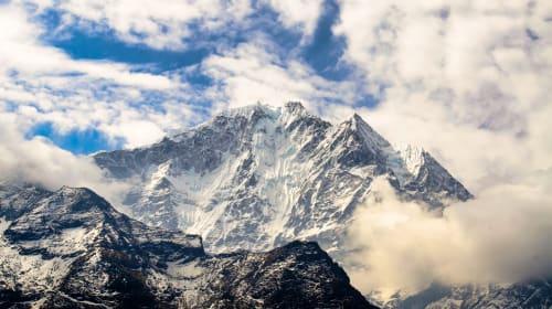 Everest Heli Tour -Flying to Kala Patthar via Syangboche