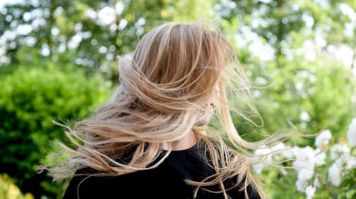 4 Reasons Why Your Hair Is Dry