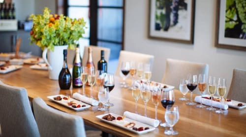 Delightful Combinations of Flowers with Delicious Food and Wine