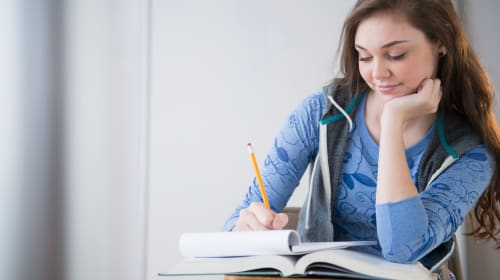 How to Find the Best Coursework Help in Town?