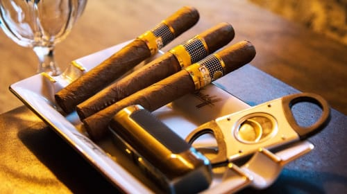 The Best Cigar Gifts for the Serious Cigar Smoker