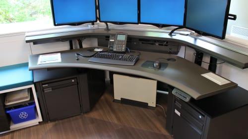 5 Advantages of Ergonomic Workstations & Consoles