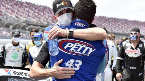 Michael Jordan partners with Denny Hamlin for NASCAR team