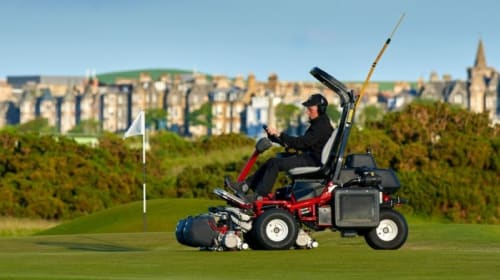 7 Tips to Use Golf Course Mowers for a Perfect Green