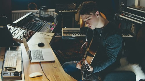 Can you learn songwriting?