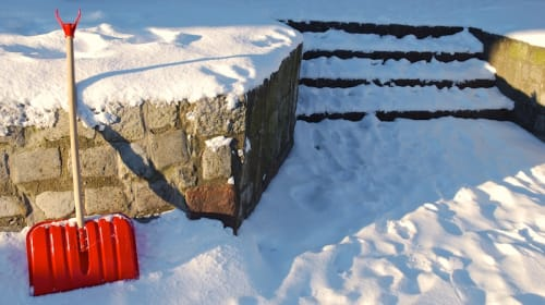Preventing Slip and Fall Injuries During the Winter