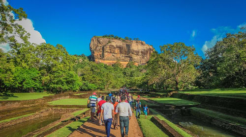 How to cover Sri Lanka in two weeks