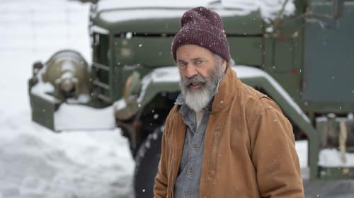 Mel Gibson Is a Gun-Toting Santa Claus in 'Fatman'